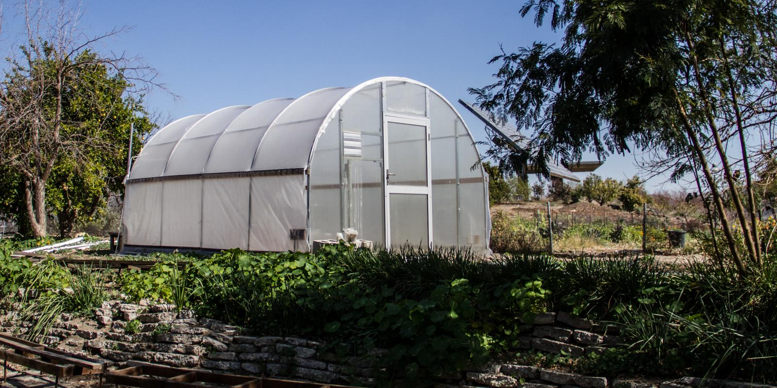 Aquaponics tent at the Lyle Center (Mark Maryanovich Photography)