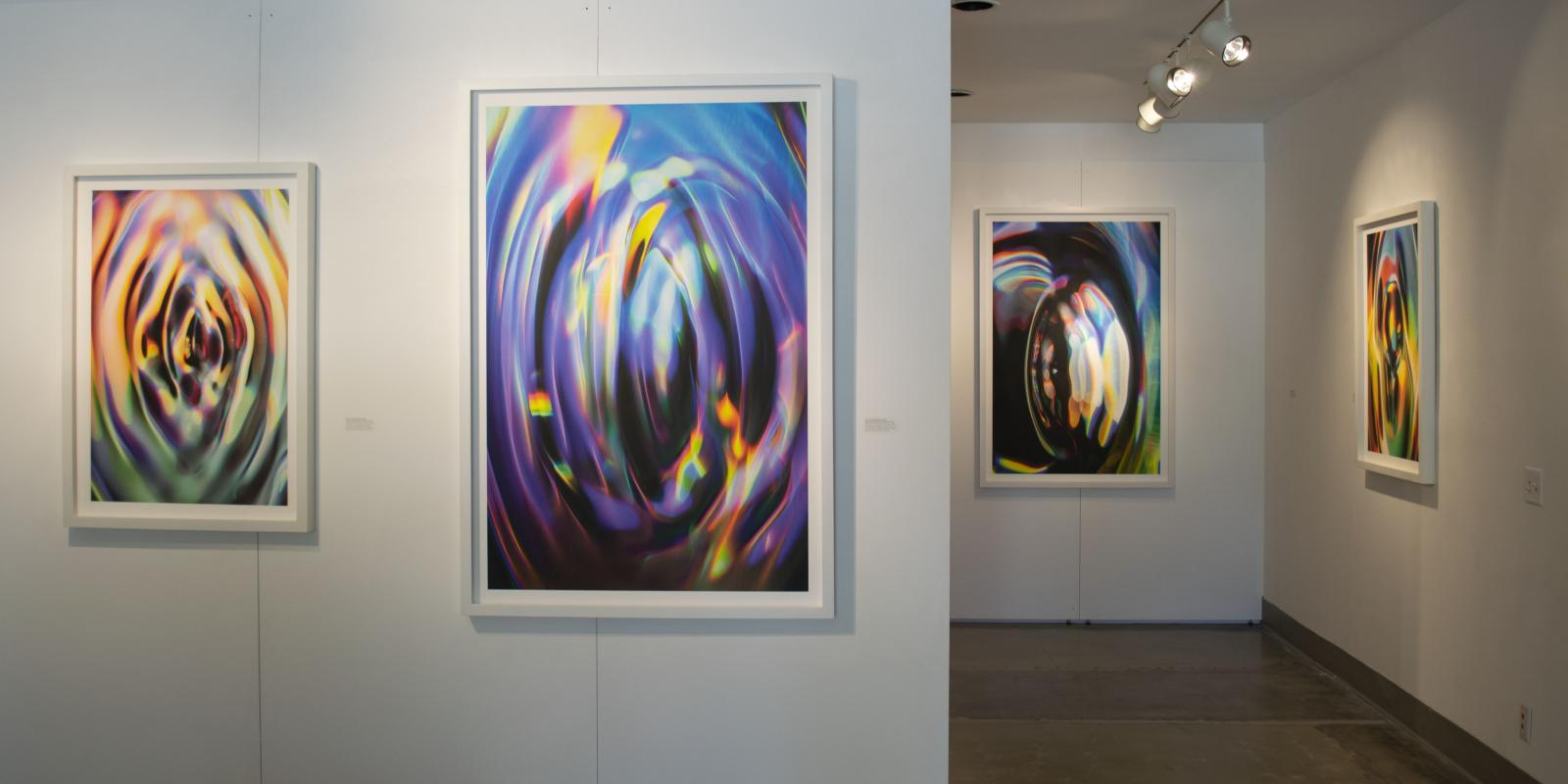 Passageway in the gallery, Exhibition: Sasha vom Dorp: 15.15 Hz, Aug. 23 - Oct. 18, 2018, Curator: Michele Cairella Fillmore, W. Keith & Janet Kellogg Art Gallery, Cal Poly Pomona. [New Mexico-based artist Sasha vom Dorp interplay of light, sound and water in microscopic moments (Photo Credit: William W. Gunn)]