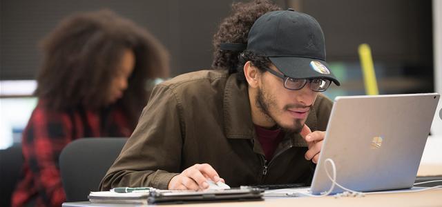 ENV student Marvin Serrano works on his project, July 2018 (Tom Zasadzinski)