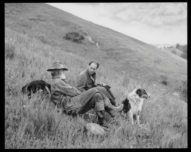 Raphael Soriano and a Basque shepherd. © J. Paul Getty Trust. Getty Research Institute, Los Angeles (2004.R.10)