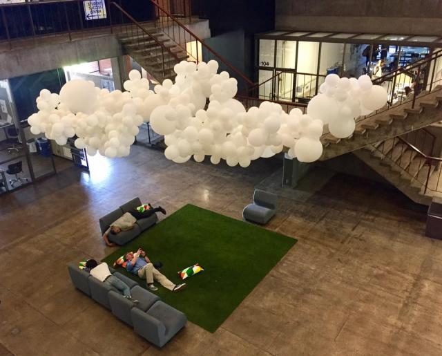 """""""Cloudwork"""": CPP ASLA's temporary installation encouraged new interactions in familiar spaces"""